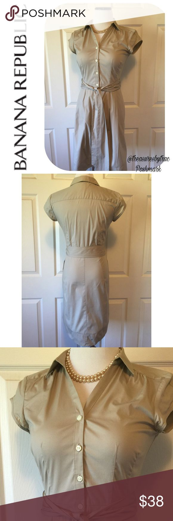 """BANANA REPUBLIC KHAKI SHIRT DRESS Button down, cap sleeves, khaki shirt dress by Banana Republic in excellent condition. 🔹Size 2P: 36"""" length, 32"""" bust. Our mannequin is a 4-6 for reference. 🔹Fabric: 97% cotton 3% spandex.🔹No trades🔹Smoke free home🔹Bundle discount: 10% off two, 15% off three items. 🔹Thank you for visiting!💕🌻💕 Banana Republic Dresses"""