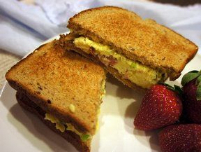 Denver Sandwich Recipe from RecipeTips.com!   A classic Denver sandwich with eggs, ham, green pepper and onion. Serve it toasted or not, this sandwich is perfect for a light supper. Who says you can't enjoy eggs anytime of the day.