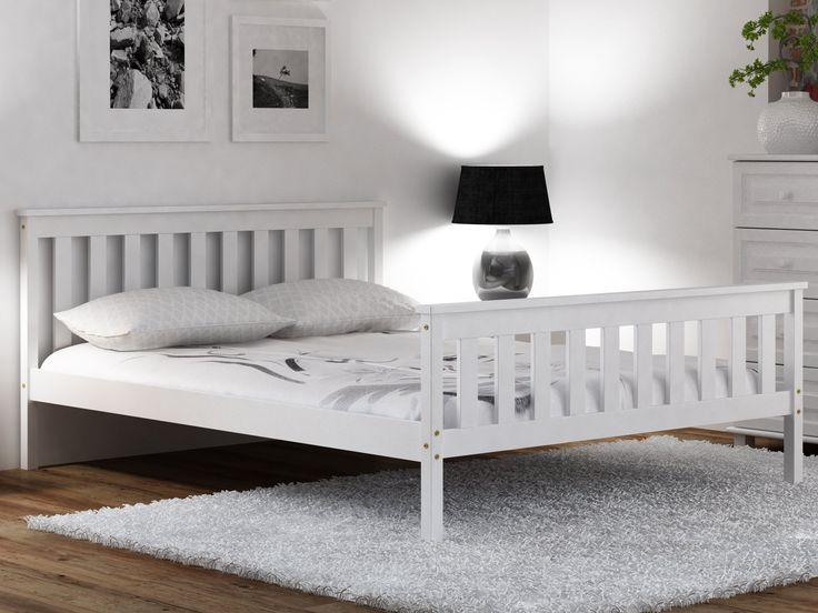 140x200 ŁÓŻKO WYSOKI ZAGŁÓWEK ESM3 BIAŁE + MATERAC  Białe, sosnowe łóżko w zestawie z materacem i stelażem giętym.  Połączenie naturalnego drewna, uniwersalnego koloru oraz ozdobnych szczebli w stylu angielskim nada każdemu pokojowi elegancki i ponadczasowy charakter.    Cena: 629,95 zł + dostawa  #fosmeble #meble #sypialnia #materac #stelaż #stylangielski #łóżko #łóżkodrewniane