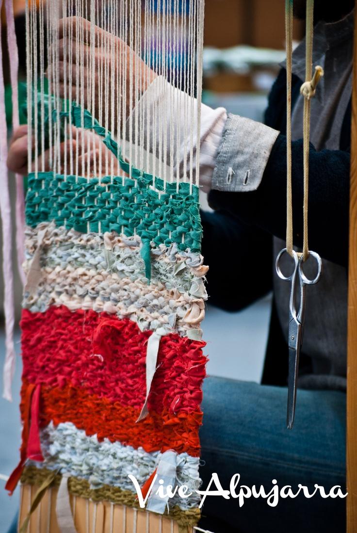 Detalle del trabajo artesanal textil. Vive Alpujarra