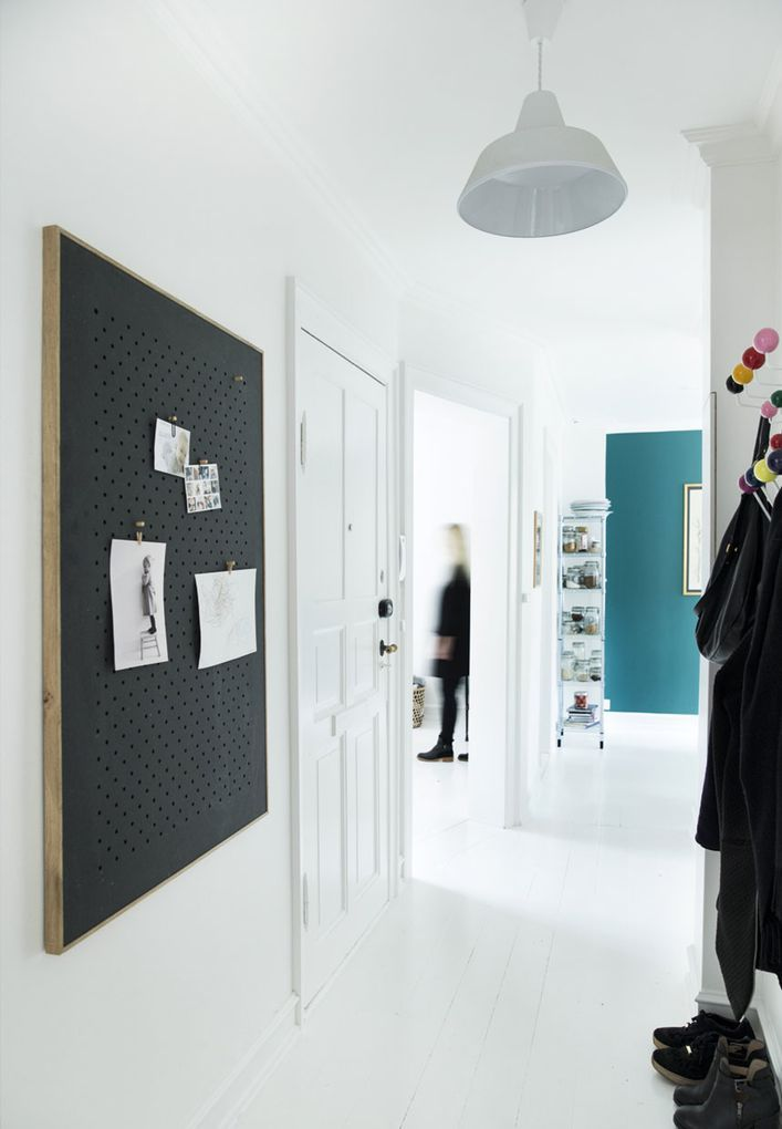 Meer dan 1000 idee n over smalle gang decoratie op pinterest smalle ingang hal versieren en - Decoratie gang ingang ...