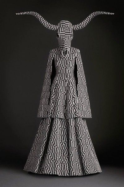 The world of fashion has always been down with Satanism. Here's a Gareth Pugh creation featuring a Baphomet head on a dualistic pattern.
