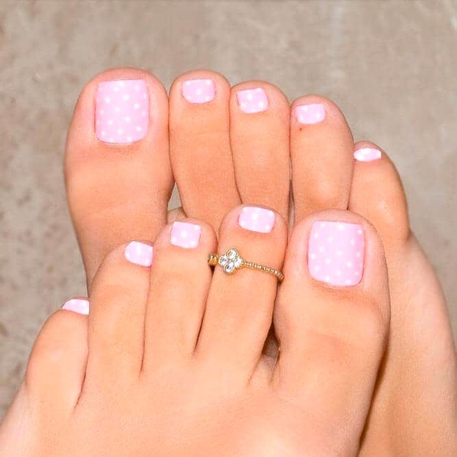 30 Classy Light Blue Toenail Polish In 2020 Simple Toe Nails Summer Toe Nails Easy Toe Nail Designs
