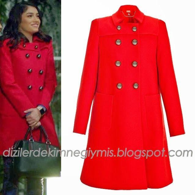 Medcezir - Eylül (Hazar Ergüçlü), Red Coat