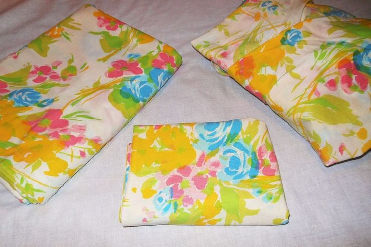 Twin 3 Pc Sheet Set Vtg 70s Floral No Iron Flat Fitted Yellow Pink Blue #Midcentury #60s #70s #vintage #floral #retro #twinsheets #vintagelinens