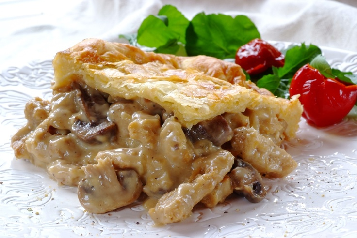 DIY vegetarian Chick'n and Mushroom Pie