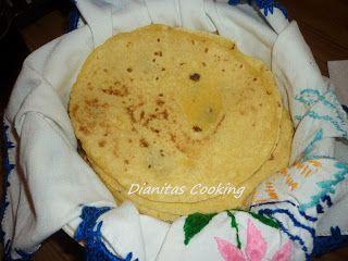 dianitas cooking: Μεξικάνικη Τορτίγια από Καλαμπόκι!!! για Τάκος, Εντσιλάδας και πολλά άλλα.