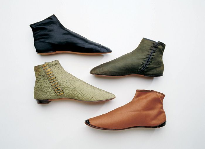 """The Adelaide boot is named for Adelaide, Queen Consort of King William IV (1830-1837) and it was introduced in Britain in the 1830s. They were very popular in Britain and caught on throughout Europe and North America by the late 1840s but fell from fashion when the front-lacing boot was introduced in the late 1850s. In the United States they were more commonly known as """"gaiter boots""""."""