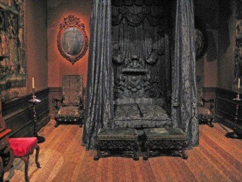 Gothic Victorian Bedroom dark victorian bedroom design best 25+ victorian gothic decor