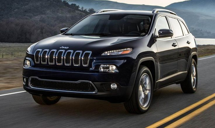 2015 Jeep Grand Cherokee.  Panoramic Roof, Independent front and rear suspension. Hemi 5.7 liter v8 engine!  Color: Brilliant Black Crystal Pearl......... YESSS SIRRRR!!