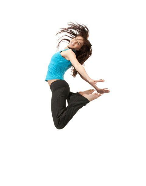 Joga wpływa na poprawę zachowania w szkole u dzieci z ADHD – dowodzą badania opublikowane w ISRN Pediatrics. Do szkół w różnych krajach wprowadzono do programu zajęcia z jogi, medytacji i zabaw dla dzieci z ADHD. U dzieci nastąpiła poprawa zachowania, a także zmniejszenie symptomów ADHD.  http://www.huffingtonpost.com/elaine-gavalas/yoga-for-adhd_b_3849766.html