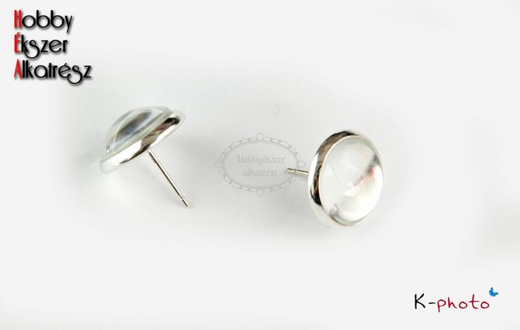 Ezüst színű bedugós fülbevalóalap (8mm) hozzátartozó üveglencsével