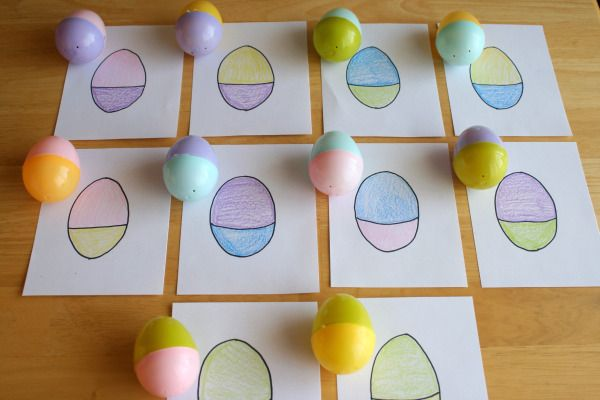 Easter holiday kids activity game idea. Mix and Match your plastic eggs for a fun preschool game!! Could also be cute Easter basket gift idea.