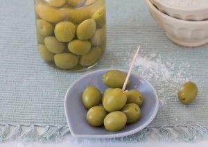 Olive verdi in salamoia | Conserve di casa