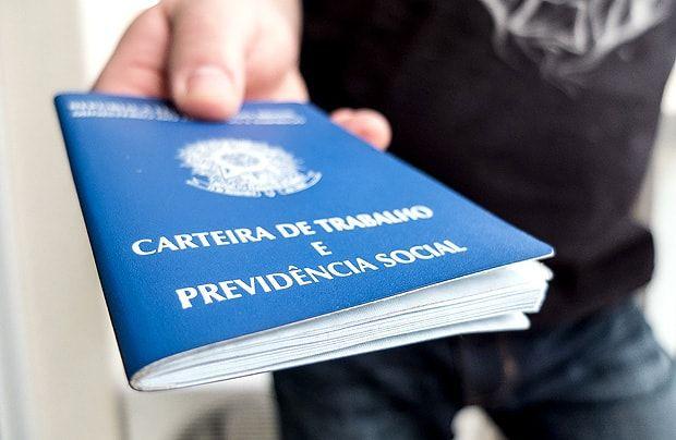 Relator da Reforma da Previdência, deputado Arthur Oliveira Maia, confirmou nesta terça-feira (18) importantes mudanças na proposta enviada por Michel Temer