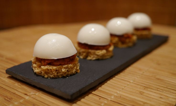1000 images about appetizers fingerfood on pinterest for Foie gras canape