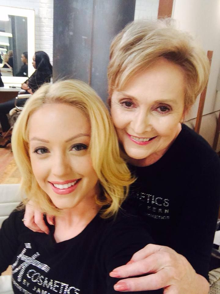 Ms Helen And Desiree Are Behind The Scenes At Qvc Qvc Studios