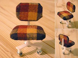 diy modern dollhouse furniture - swivel chair (casters) - white plastic thing that keeps pizza from being crushed | Original Source: Stella Stenroos 2005 - original image missing