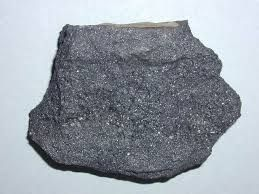 Toto je magnetit, je magnetický