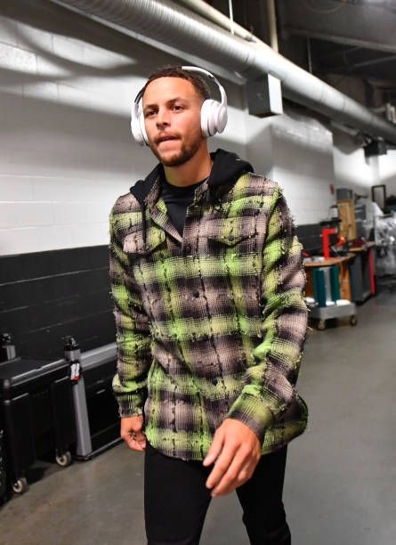 Stephen Curry of the Golden State Warriors arrives for the game against the Boston Celtics on November 16 2017 at the TD Garden in Boston...
