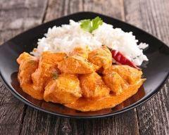 Colombo de poulet : http://www.cuisineaz.com/recettes/colombo-de-poulet-46449.aspx