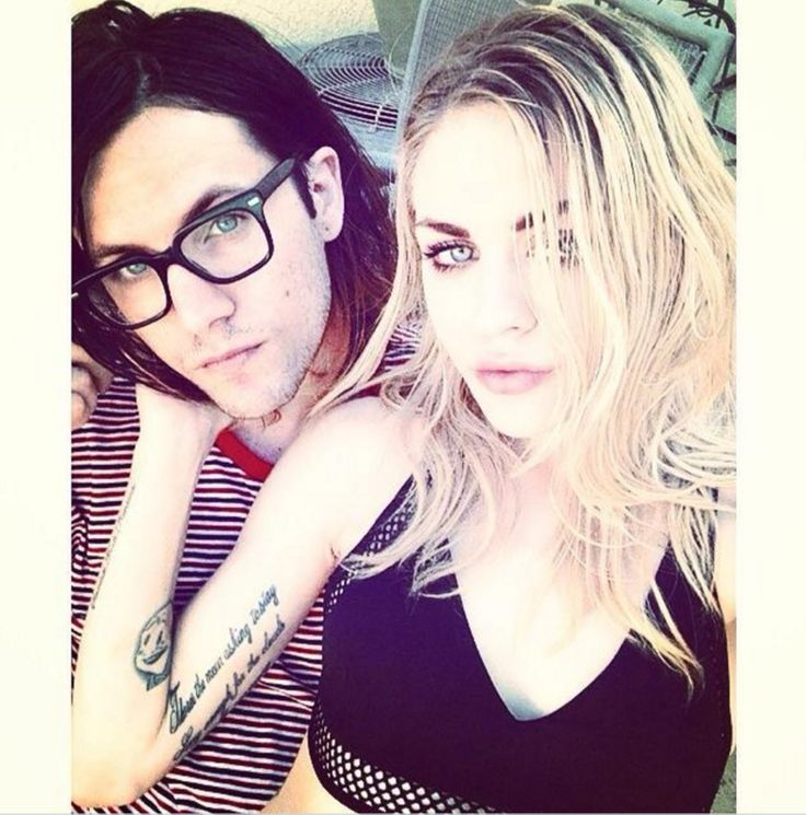 Frances Bean Cobain Splits From Isaiah Silva After Less Than Two Years Of Marriage - http://www.jfashion.co.uk/jfashion/blog/frances-bean-cobain-splits-from-isaiah-silva-after-less-than-two-years-of-marriage/          Frances Bean Cobain's marriage to a man lots of people thought type of appeared like her late fatheris over. The 23-yr-previous daughter of Kurt Cobain and Courtney Lovefiled for divorce from The Eeries frontman Isaiah Silva after lower than t