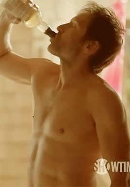 Hank Moody- Flat out hot.