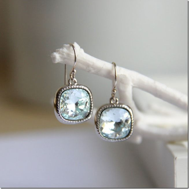 Everything Etsy Holiday Gift Guide - Earrings #holiday gift guide, #everything etsy