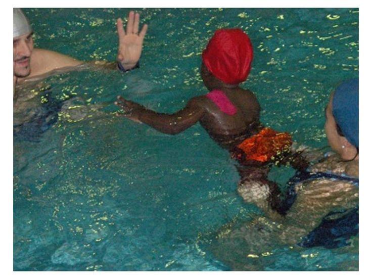 ¿Por qué son beneficiosas las actividades acuáticas para los niños?   http://qoo.ly/hcrti