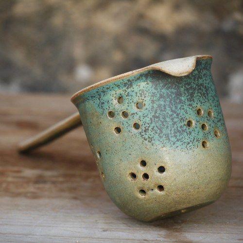 Getöpfertes Teesieb für Tassen