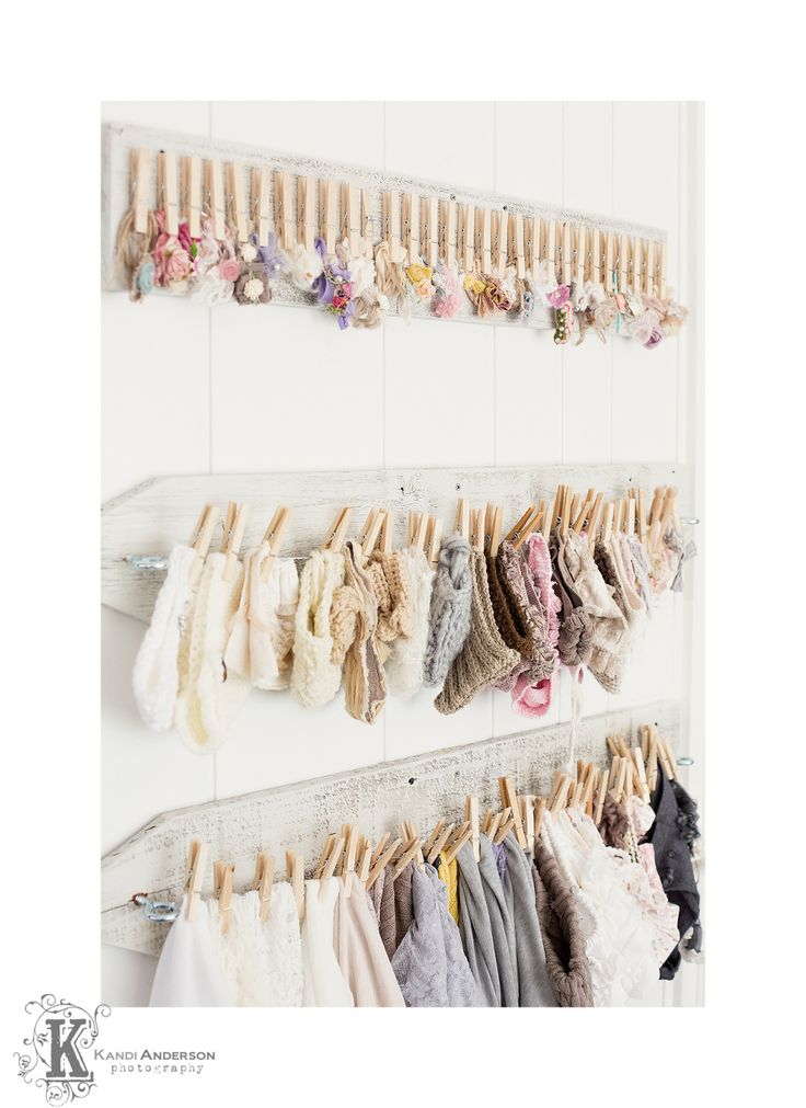 Cute for girls room for all her accessories. I love this idea for organising and storing headbands for babies
