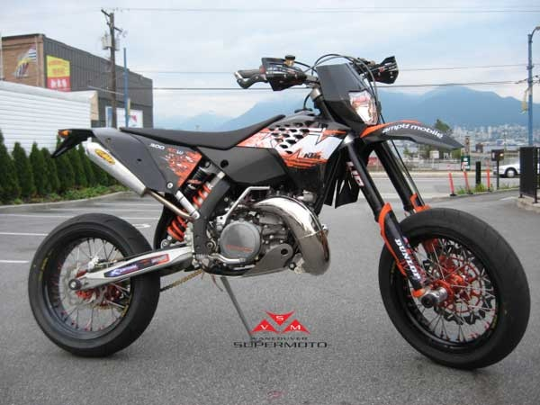 Vancouver Supermoto - 2008 KTM 300 XCW-E 2 stroke supermoto conversion