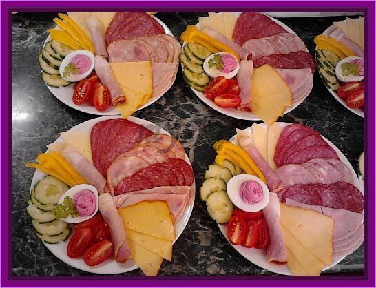 salámové talíře