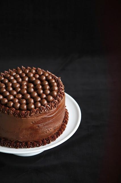 Sweet and salty chocolate cake: Ir Vanilė, Mmmm Cupcakes, Food, Cooking Inspiration, Vaikai Ir, Decorating Inspirations, Recipes Cakes, Chocolate Cakes