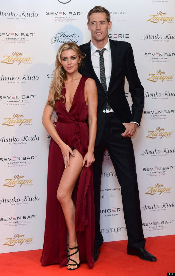 (Capricorn+Aquarius) Abbey Clancy (January 10) + Peter Crouch (January 30)