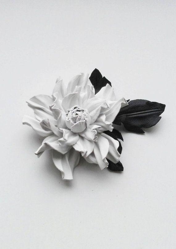 Handmade genuine leather flower brooch in by JewelryWithTaste, €18.00