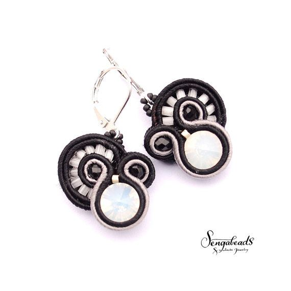 Small soutache earrings in black and ivory. Sterling by Sengabeads