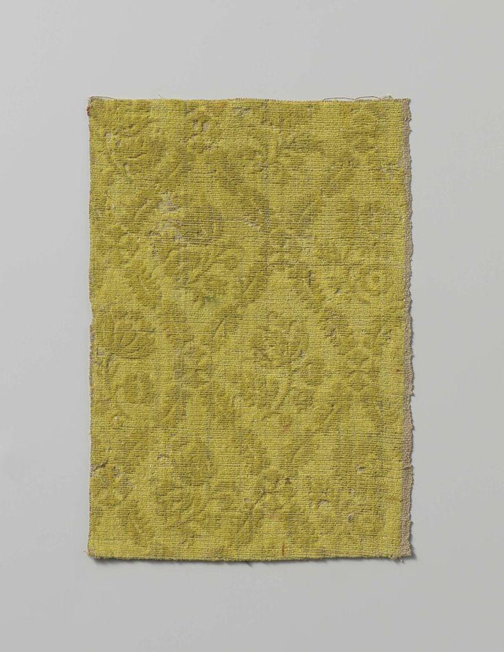 Fragment gele trijp met patroon van tulpen binnen gerekte ruitvormen, anoniem, ca. 1740 - ca. 1760