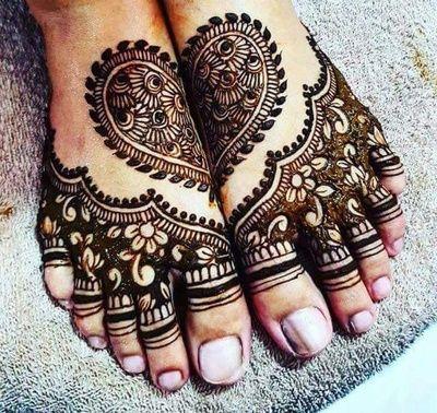 Mehendi Designs - Feet Bridal Mehendi Design   WedMeGood #wedmegood #indianbride #indianwedding #bridalmehendi #feetmehendi #mehandi #mehendidesign #tattoo #henna
