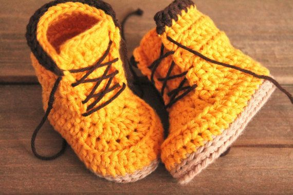 This listing is for the PATTERN only, not the finished product.  Introducing the Woodsmen construction boot. Pattern size available in 0-3mos (3.4) 3-6mos (4), 6-12mos (4.5), and 12-18mos (5.1). If you would like toddler sizes you can buy the pattern here.. https://www.etsy.com/nz/listing/256481790/crochet-pattern-toddler-sizes-tymber  If you would like kids sizes (US 10 - US 4) you can buy the pattern here…