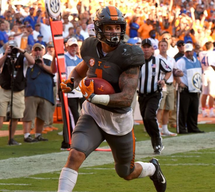 Jalen Hurd TOUCHDOWN so sad he will forever be known as a QUITTER! Walking out on ur brothers...not cool
