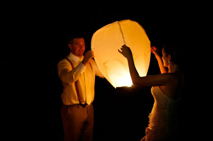 Phoebe and Josh – Sheraton Fiji  Lantern release Photography by Sabrina Horn Photography
