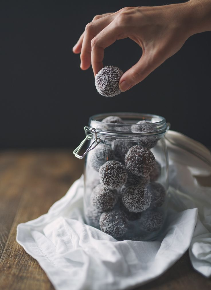 Choc Nut Tahini Bliss Balls     ¾ cup chopped nuts and seeds (I used cashews, macadamias, almonds, walnuts sunflower seeds)     ½ cup tahini     ½ cup maple syrup     ¼ cup cacao powder     1 drop vanilla extract     ¾ cup desiccated coconut plus extra for rolling