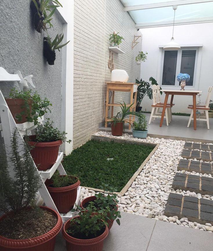 "903 Likes, 172 Comments - Riche Airleny A (@richeagnesia) on Instagram: ""Our outdoor dining room. Buat temen2 yang menanyakan atapnya, dari kaca tempered dengan dilapis…"""