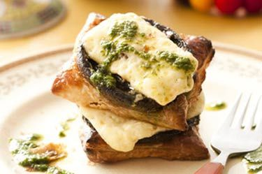 Mushroom and feta tarts with herb oil