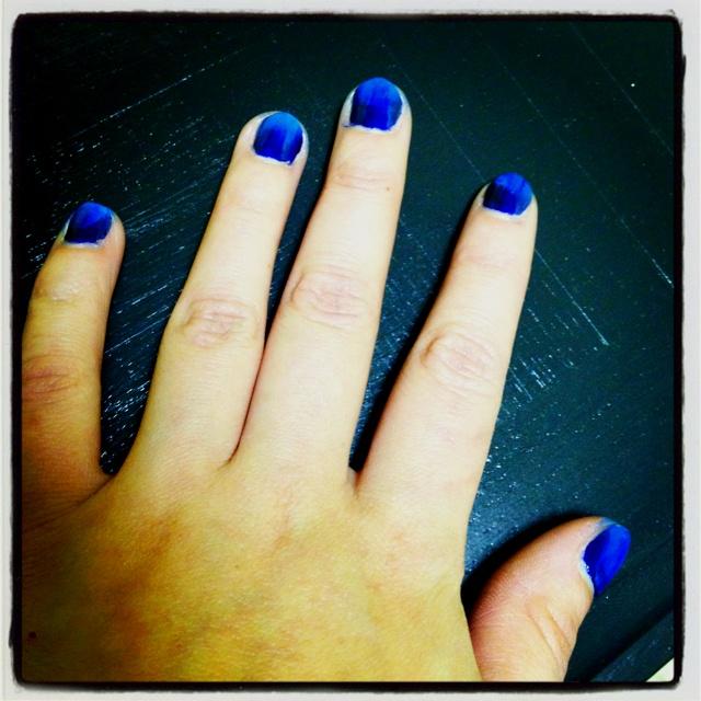 Blue burst on my nails :)