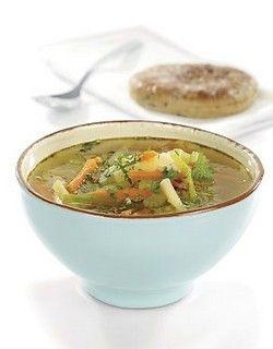 Grønnsaksuppe med byggryn