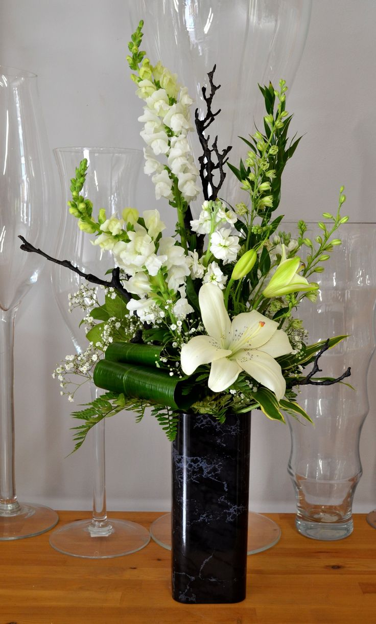 Pin by nancy ayers on florals pinterest gladiolus arrangements pin by nancy ayers on florals pinterest gladiolus arrangements gladioli and flower arrangements izmirmasajfo Image collections