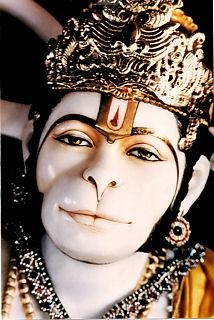 most of the statuary of hanuman that i've seen leaves me cold, but the eyes of this one...  so expressive, so deep.  i like it rather than love it, but that's ok, it's enough.  i don't have to love everything!!
