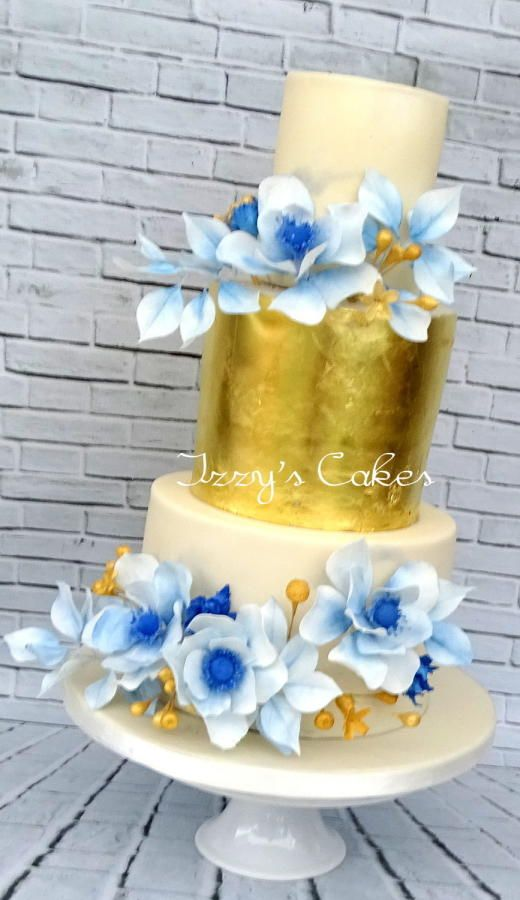 Gold Leaf and Blue by Izzy's Cakes - http://cakesdecor.com/cakes/207105-gold-leaf-and-blue